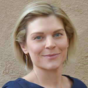 Elizabeth Benion LMT
